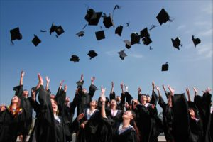 graduation day for students of online courses